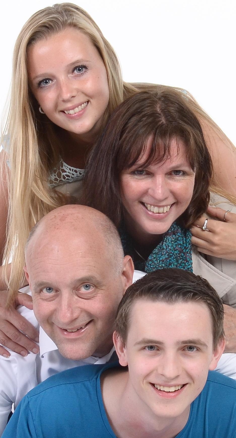 Over ons: Camping en zaalverhuur Rianto in Warmond, Bollenstreek, al ruim 40 jaar een succesvol familiebedrijf.